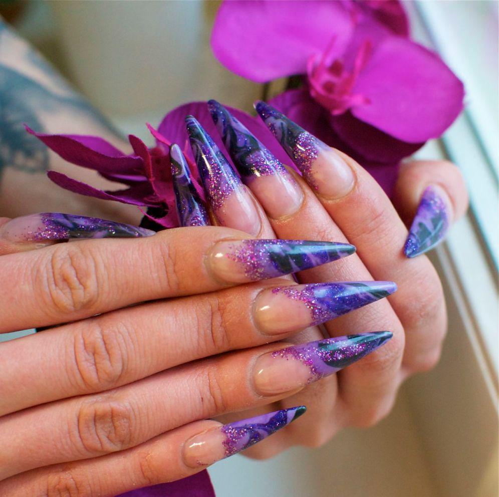 acrylic_nails_stiletto_marbelling