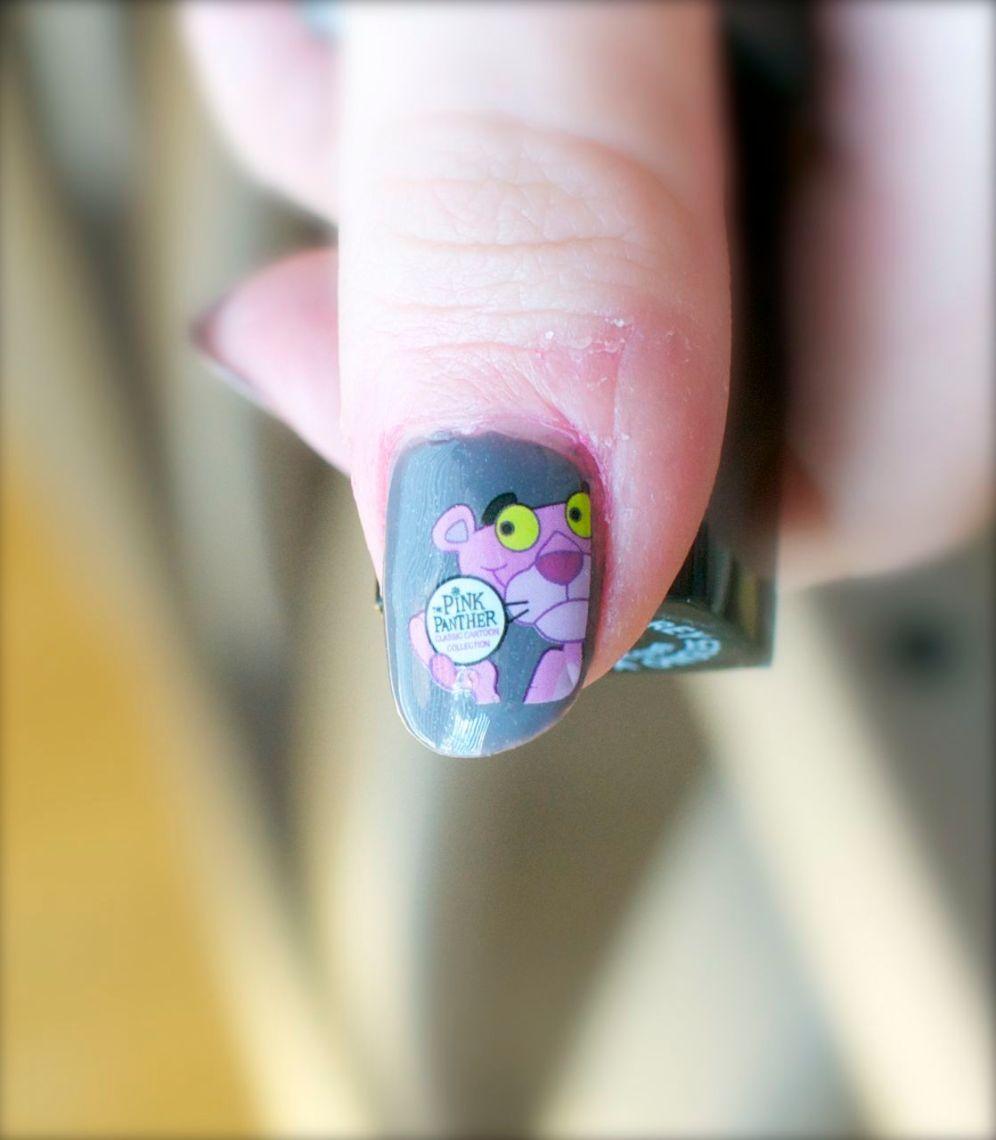 the_pink_panter_nails